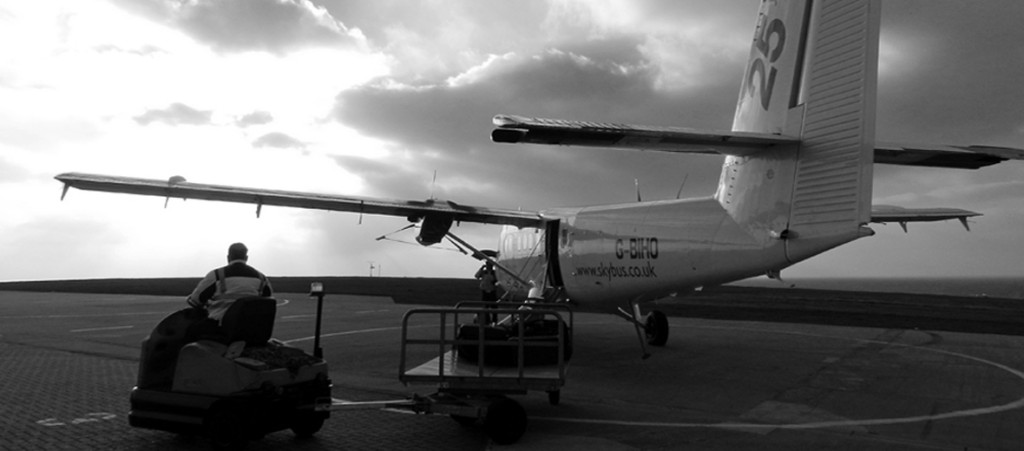 Land's End Airport- Skybus check-in